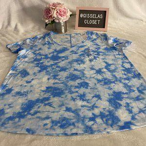 NEW Gap XL White W/ blue tie dye V-Neck Tee